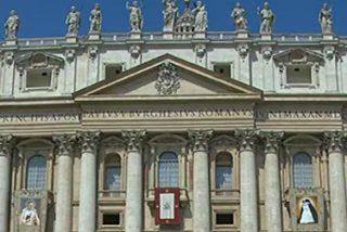 """El papa afirma que """"los santos no son superhombres ni nacieron perfectos"""""""