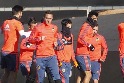 El Barça entra en la carrera por hacerse con un crack del Valencia