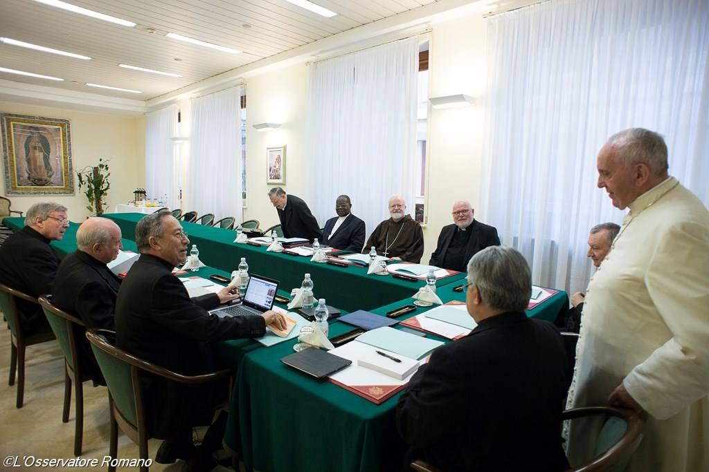 El Papa prepara con el C9 un nuevo dicasterio de migraciones y ecología