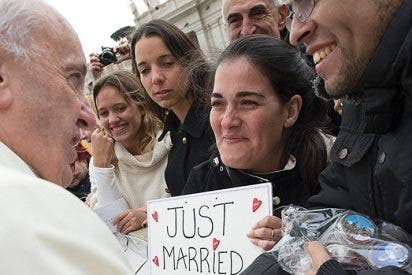 El papa instituye el nuevo dicasterio para los Laicos, la Familia y la Vida