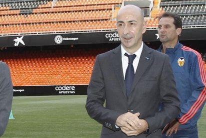 El Valencia tiene en su agenda a un ex del Barcelona