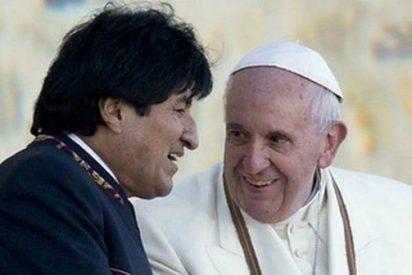 """Evo pide a los """"obispos indisciplinados"""" que escuchen más al Papa"""