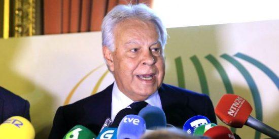 Pedro Sánchez mete en un delicado problema a Íñigo Errejón al poner sus cartas boca arriba
