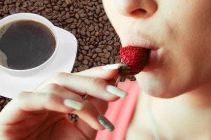 La cafetería donde te hacen sexo oral mientras tratas de sorber tu taza