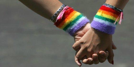 """La lesbiana que vive con su novia en Irán: """"Tuve que esconderla en el armario durante varias horas"""""""