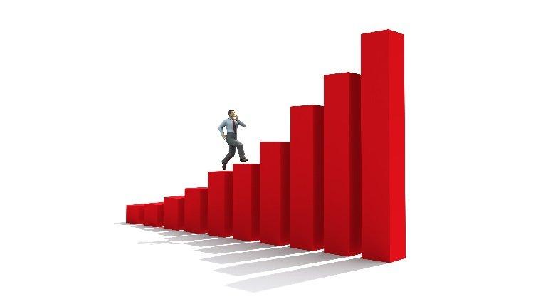 El IBEX 35 recupera la normalidad y rebota un 2,17 % hasta 7.811 puntos