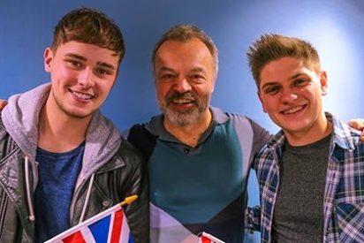 Coñas británicas: su tema en Eurovisión era 'No estás solo'