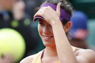 Muguruza somete con autoridad a Stosur y jugará la final de Roland Garros