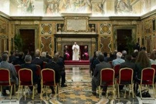 """Papa: """"La misión es la que hace a la Iglesia y la mantiene fiel a la voluntad salvífica de Dios"""""""