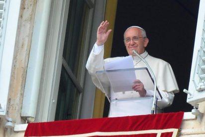 """El Papa pide """"encontrar, acoger, escuchar"""" a los refugiados para """"construir la paz en la justicia"""""""
