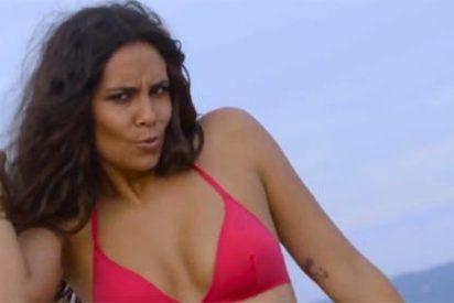 La Pedroche en bikini y sin Photoshop