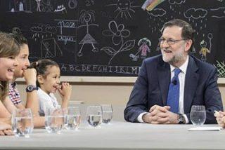 """Los niños ponen en un aprieto a Mariano Rajoy en '26J. Quiero Gobernar': """"¿Por qué hay tantos miembros de corrupción en su partido?"""""""