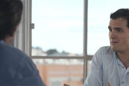 """Así 'animó' la FNAC el debate Rivera-Iglesias: """"El argumentario podemita es irracional y mediocre"""""""