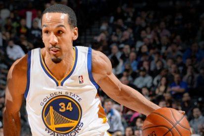 Los Warriors de Stephen Curry tiran de banquillo para golpear primero a los Cavaliers de LeBron James