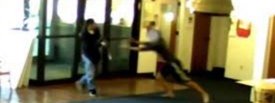 El estudiante héroe que desarma al pirado tirador en una universidad
