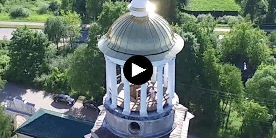 [VÍDEO] La endemoniada pareja que tiene sexo en el campanario del monasterio