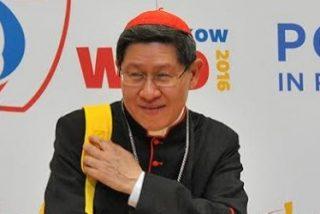 """Tagle presenta en Cracovia el nuevo catecismo para jóvenes """"DoCat"""""""