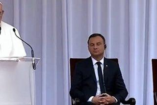 """El Papa invita al presidente polaco a """"recibir a los que huyen de la guerra y el hambre"""""""