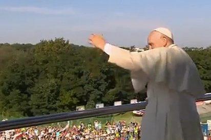 """Francisco: """"Aprovechemos este día para recibir todos la misericordia de Jesús"""""""