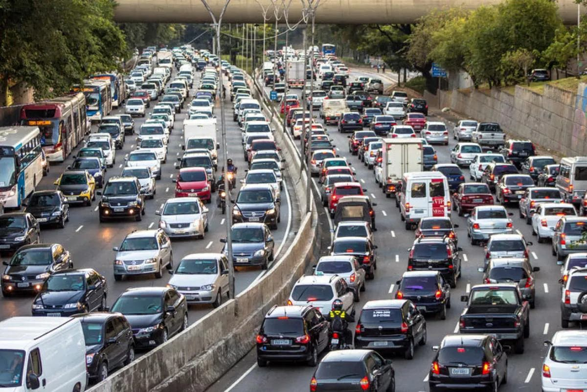 Tráfico: 8 cosas que provocan los atascos de tráfico