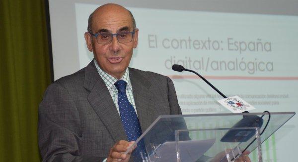 """Luis Abril: """"Las nuevas generaciones han hecho del gusto mediático algo cambiante"""""""