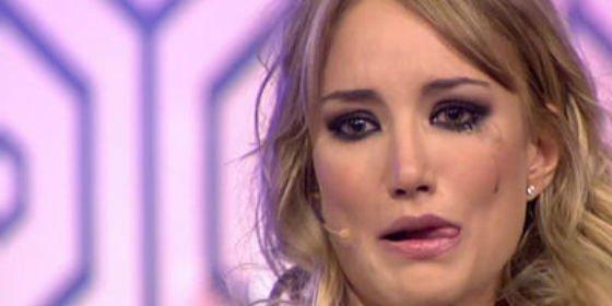 Fraude, tedio y hundimiento total de Alba Carrillo como presentadora en el regreso de 'Hable con ellas'