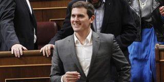 """Santiago González alaba a Albert Rivera: """"Por fin consigue que sus escaños sirvan para algo"""""""