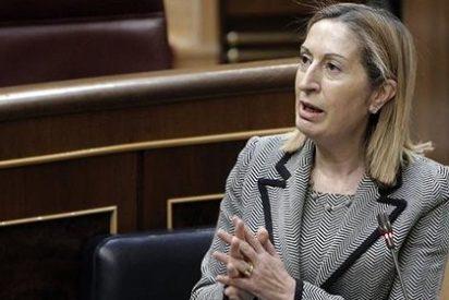 Ana Pastor, nueva presidenta del Congreso tras ganar a Patxi López en la segunda votación
