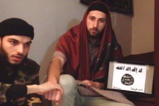 El vídeo de los asesinos del sacerdote en Normandía jurando lealtad al ISIS