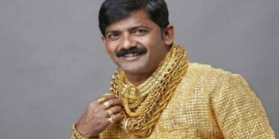 El trágico final del 'hombre de la camisa de oro' que se hacía el chulo