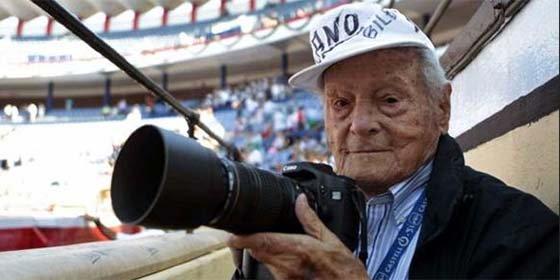 Fallece a los 103 años de edad el mítico fotógrafo taurino 'Canito'