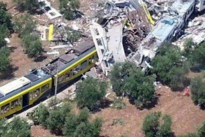 El Papa, consternado por el fatal choque de trenes en Italia