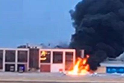 Fallecen calcinados los dos ocupantes de una avioneta tras estrellarse en la base de Cuatro Vientos (Madrid)