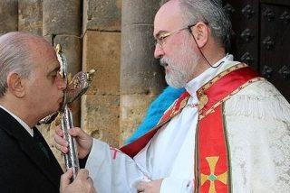 Fernández Díaz niega haberse postulado a embajador en la Santa Sede