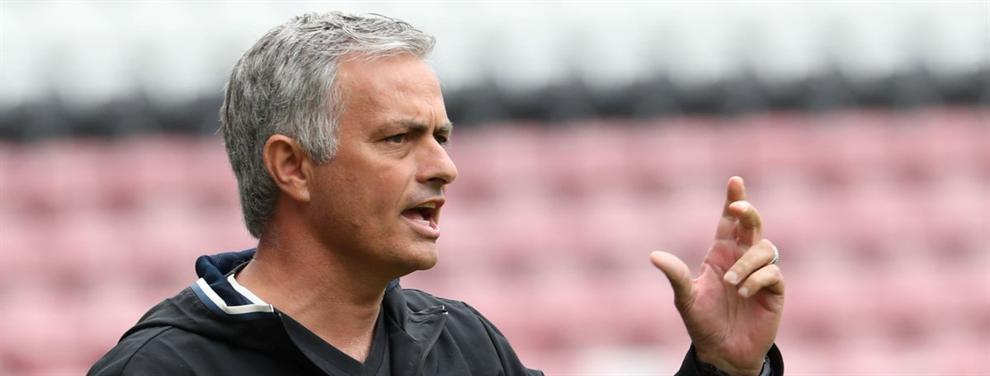 El nuevo cántico de los seguidores del United a favor de Mourinho