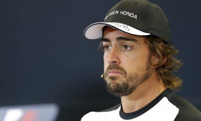 Mercedes domina en el G.P. de Alemania, pero esta vez Fernando Alonso resiste