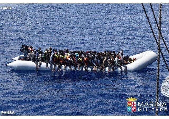 Vaticano pide acceso de los marinos a las instalaciones de tierra