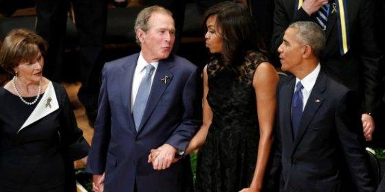 El extraño baile de George W. Bush en el funeral de los policías de Dallas