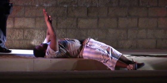 El gordito fornica en plena calle con 'polvo de ángel' y casi se va al cielo