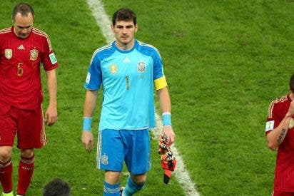 La sorpresa: Iker Casillas cae mejor a los españoles que Andrés Iniesta