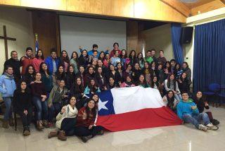 Jóvenes hablan de misericordia y entregan documento de propuestas a la Iglesia y a Chile