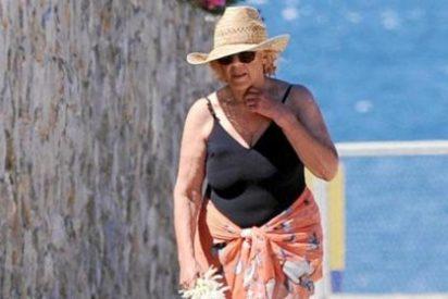 La abuelita Carmena no se moja con el día sin bañador: