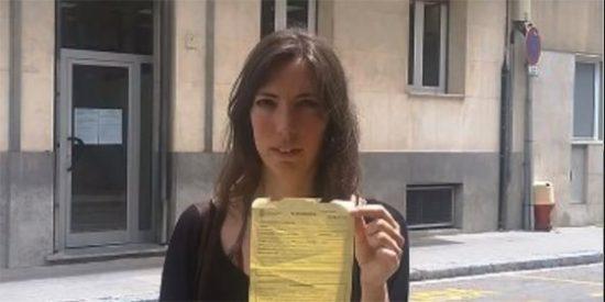 """Una mamarracha separatista a un policía: """"Márchate a Madrid"""""""