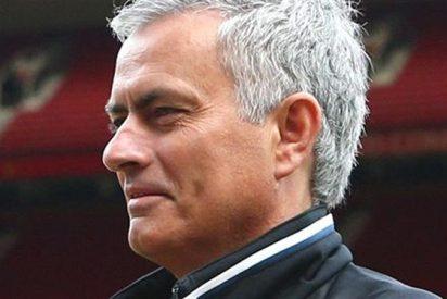 Mourinho recibe la mejor bendición posible en su arranque con el United