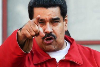Maduro da una rabiosa patada en el culo a mil funcionarios por estar en su contra
