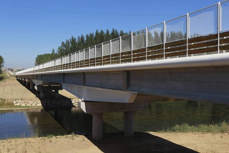 La Junta y la Diputación de León colaboran para la construcción del nuevo puente sobre el río Esla