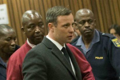 Así reacciona Oscar Pistorius al ser condenado a seis años de cárcel
