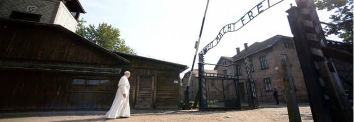 """El Papa, en el centro del horror nazi: """"Que se perpetúe en los siglos la memoria de la abominable tragedia que aquí se consumó"""""""