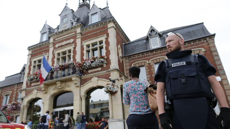 El Estado Islámico reivindica el ataque en la iglesia de Francia donde se degolló a un sacerdote