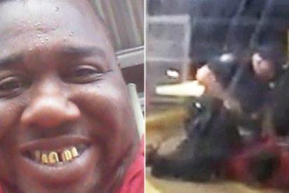 Así mata un policía a quemarropa al follonero de color en la tienda